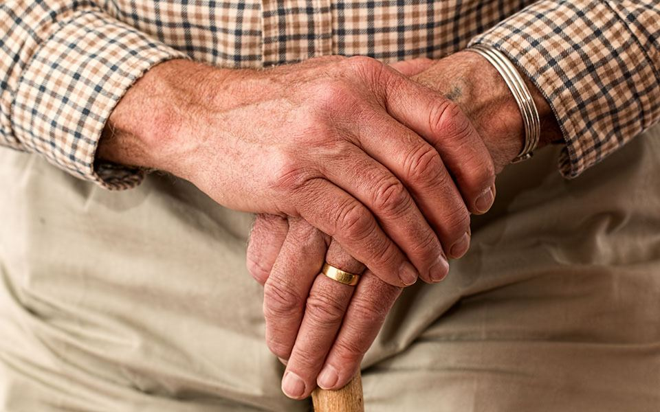 What-to-Do-Financially-When-A-Spouse-Dies-Larson-Wealth-Manangement-Securities-and-advisory-services